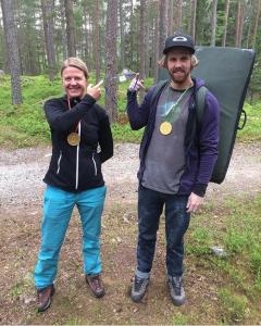 """Tre gjeve priser ble utdelt i går.. """"Innsats for andre"""" prisen gikk til til Helene, helgas solstråle til Carl-Einar og helgas prestasjon til Martin! Gratulerer så mye👏🏼😄"""